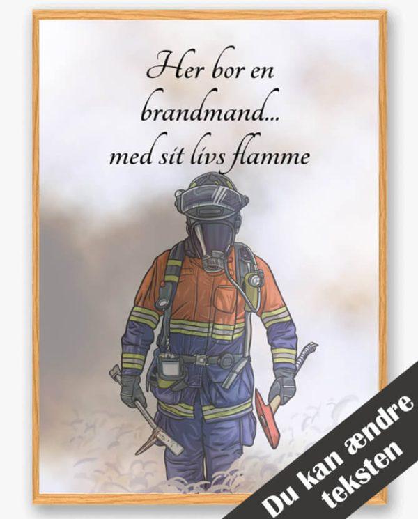 Her bor en brandmand... (orange/blå) - plakat